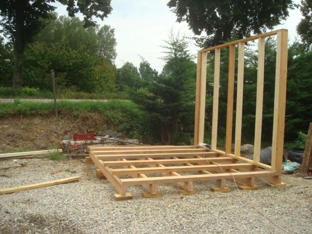 construction d 39 abri de jardin. Black Bedroom Furniture Sets. Home Design Ideas